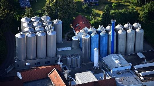 Detailansicht Oettinger Brauerei, Luftaufnahme (2016)